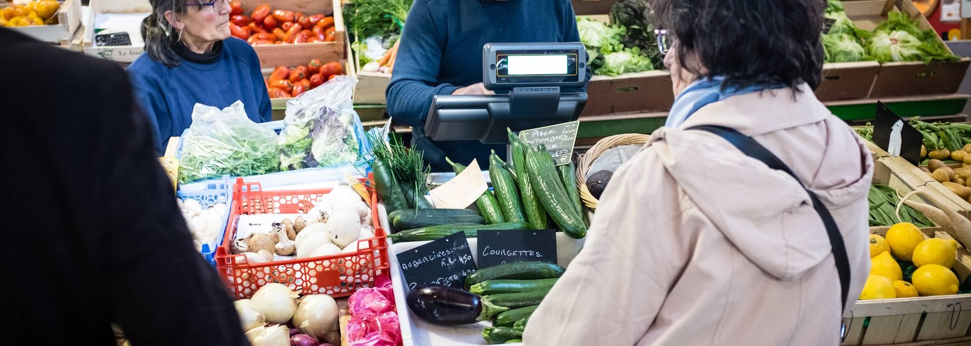 Markt Epinal - Überdachter Markt - Lokale Produkte - Lokale Produkte - Produkte der Vogesen