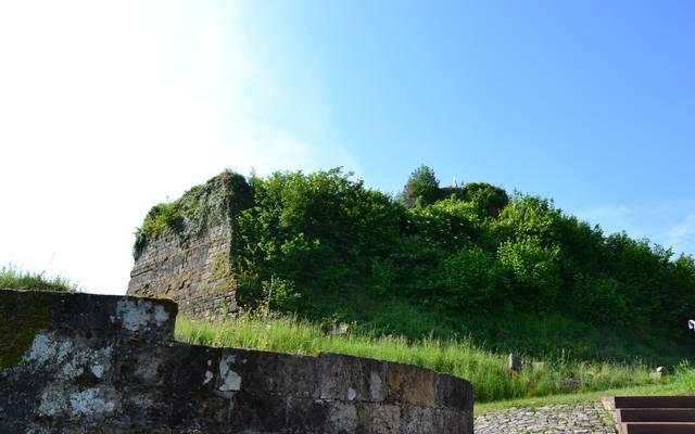 Zwischen zwei Türmen in Fontenoy-le-Château