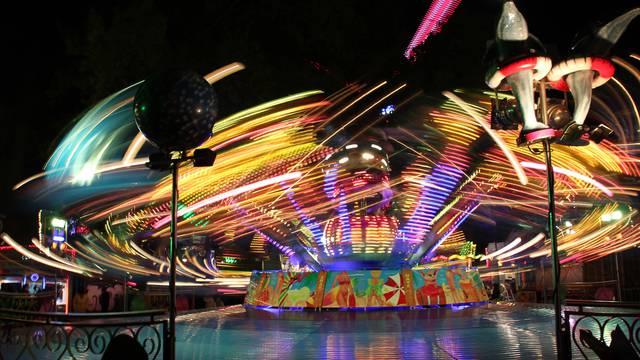 Tag des Heiligen Mauritius - Jahrmarkt in Epinal - Fahrgeschäfte in Epinal - Nervenkitzel in Epinal - Riesenrad in Epinal - Spiele in Epinal - Veranstaltung in Epinal