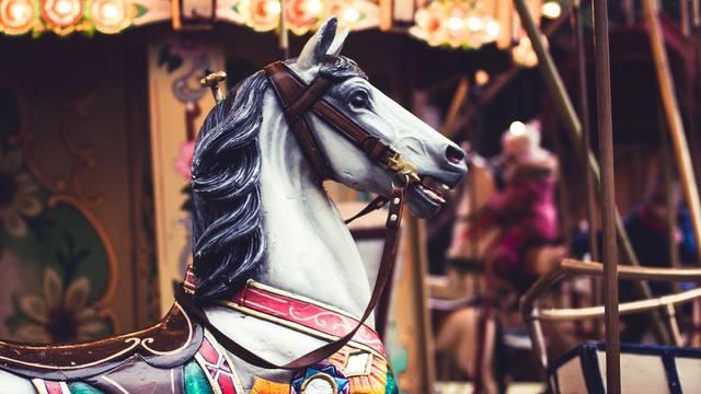 Tag des Mauritius Jahrmarkt - Kirmes von Epinal - Attraktionen von Epinal - Veranstaltungen von Epinal - Unterhaltung von Epinal - Riesenrad von Epinal