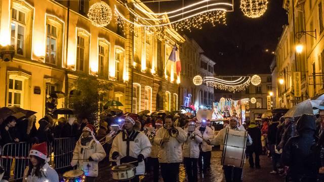 Umzug am Nikolaustag - Nikolauswagen - Sankt Nikolaus Epinal - Veranstaltungen Epinal