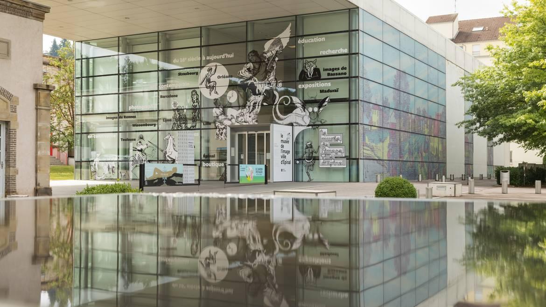 Sie öffnen die Museumstüren und stehen gleich inmitten einer reichen und vielfältigen Sammlung.