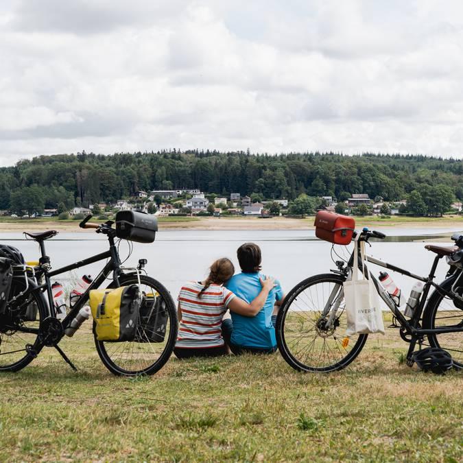 Mila und Denni - Un Monde à Vélo - Voie Bleue - Fahrrad - Radweg